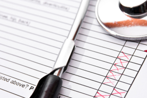 checklist-pen-stethoscope